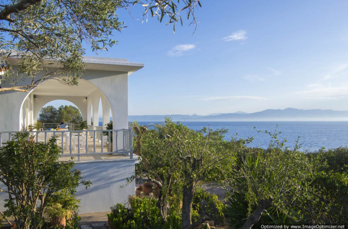 Villa Lioniskari, Mongonissi, Paxos