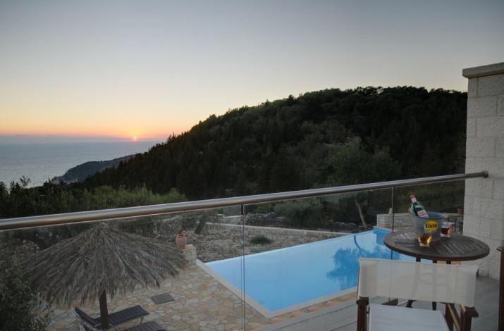 Villa Louisa, Vlachopoulatika. Nr Magazia