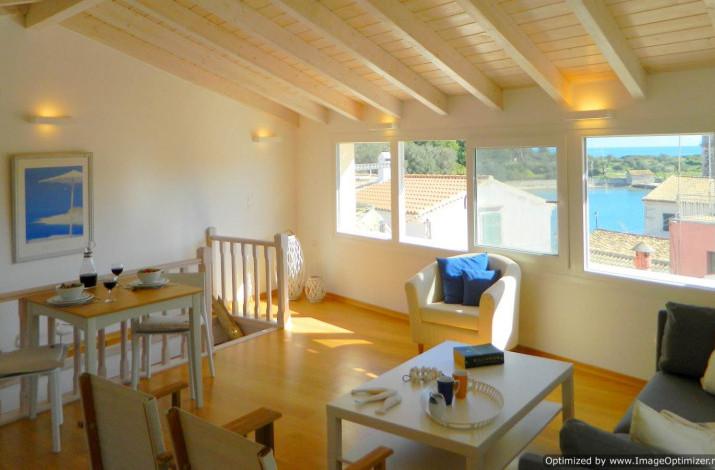Village Life Penthouse, Gaios